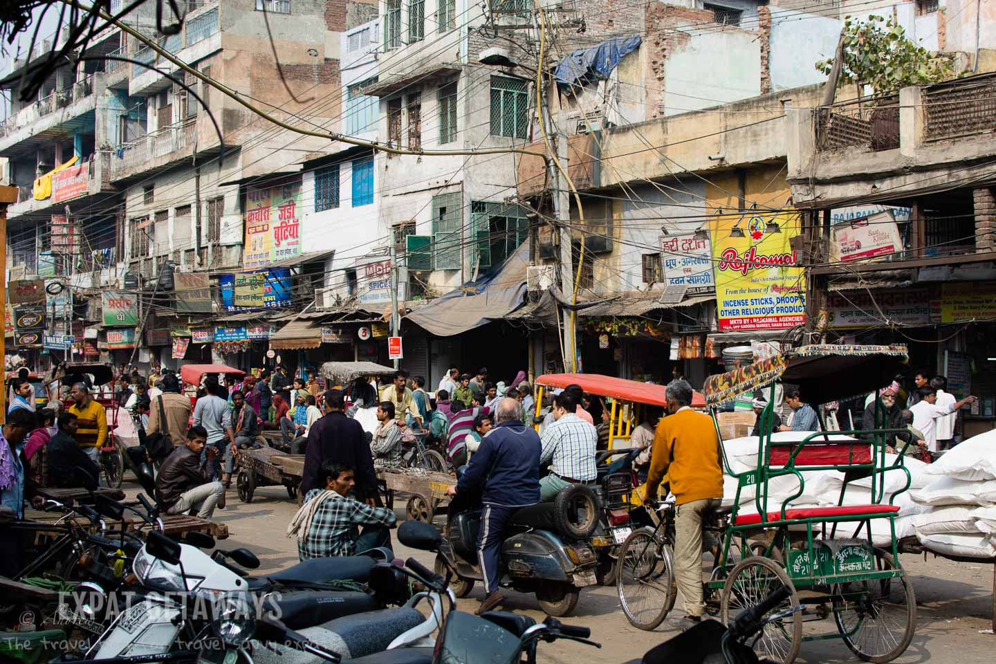 The streets of Delhi are chaotic! Expat Getaways, 5 Nights Golden Triangle, Delhi, Jaipur & Agra, India.