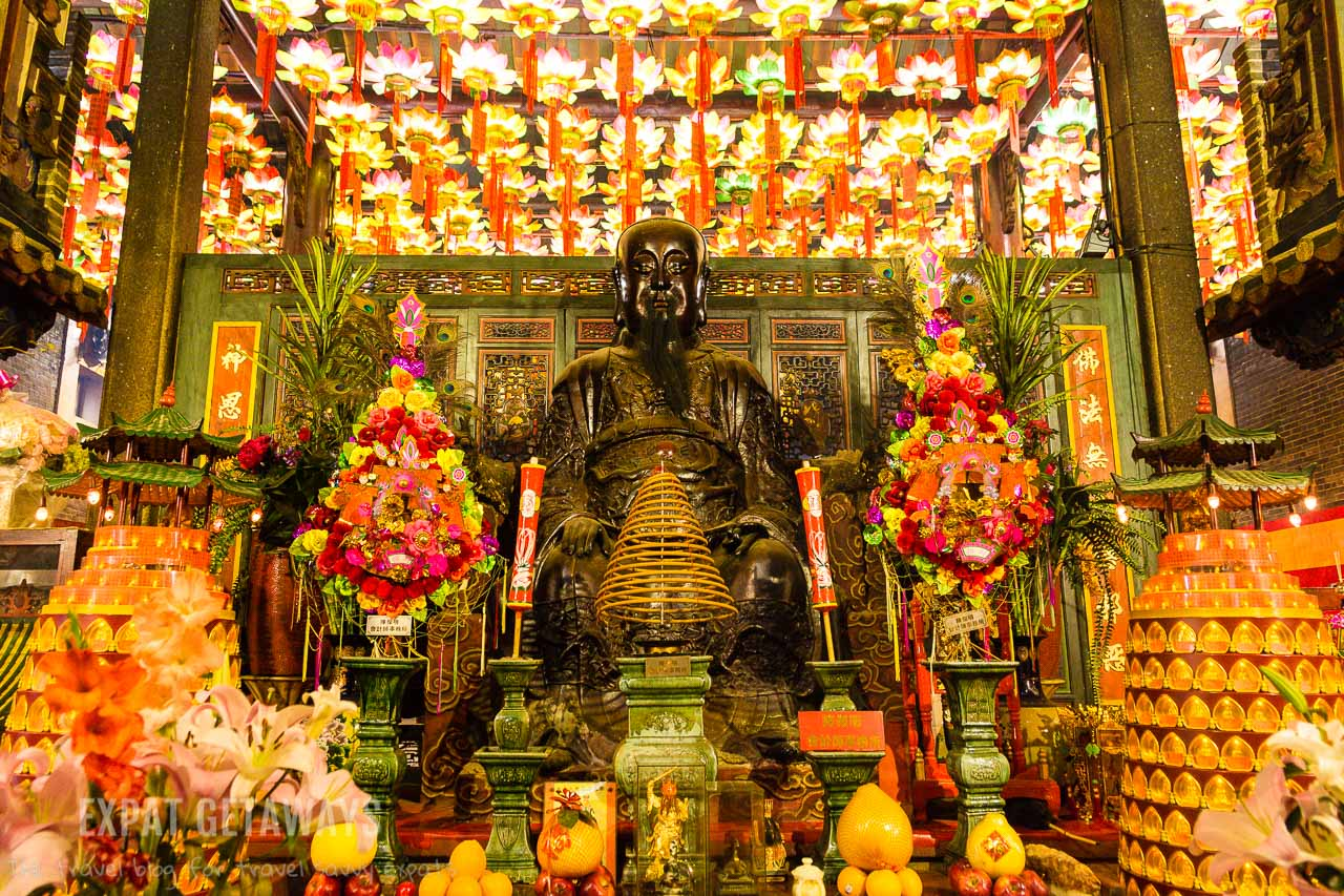 The shrine inside the Pak Tai Temple, Wan Chai is beautiful.